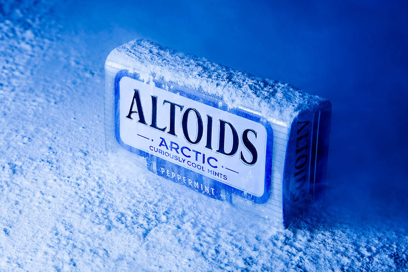 catalog white product altoids
